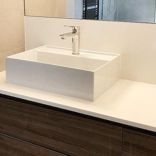 umywalka łazienkowa na blacie
